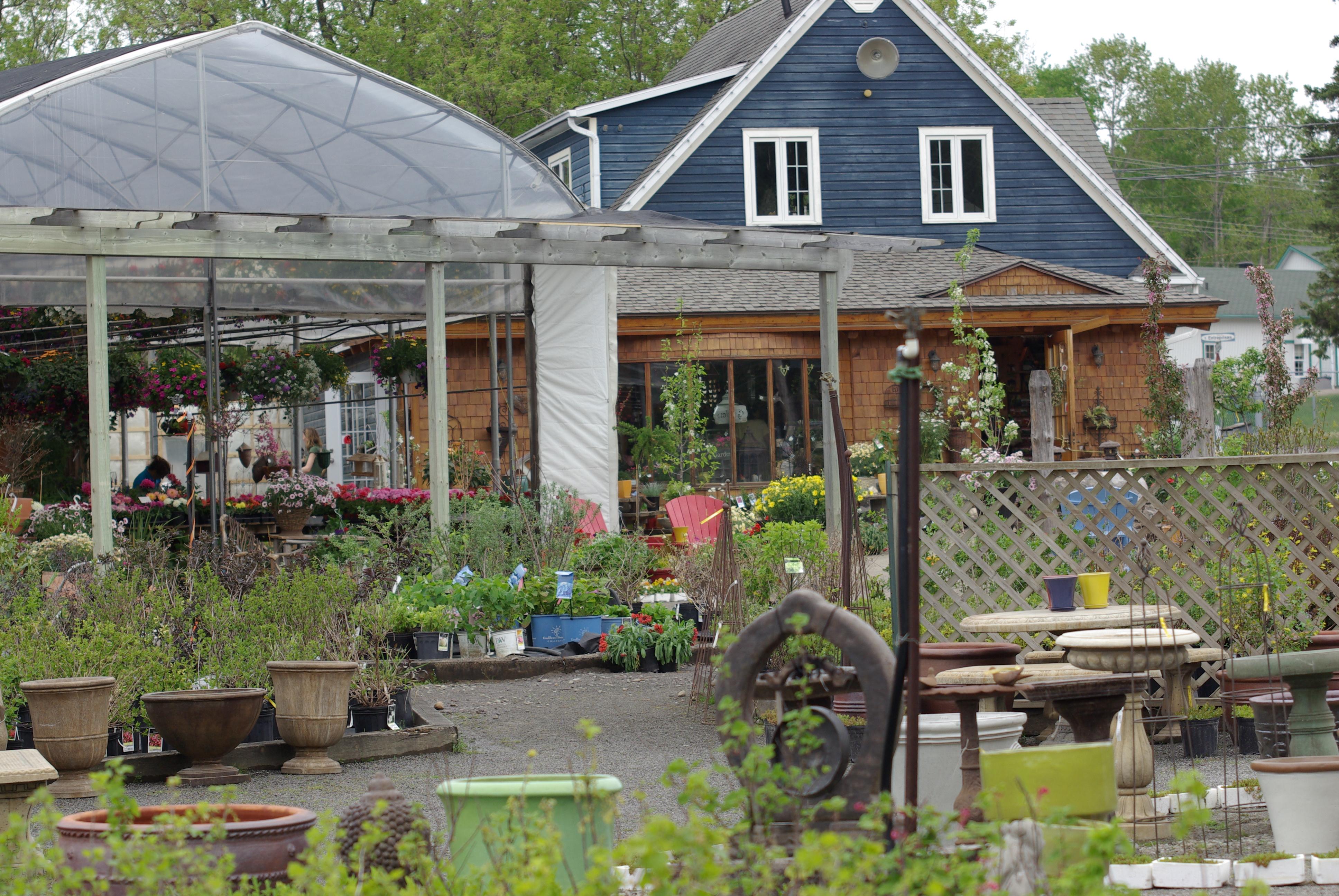Nouveau ateliers horticoles centre de jardin for Centre de jardin
